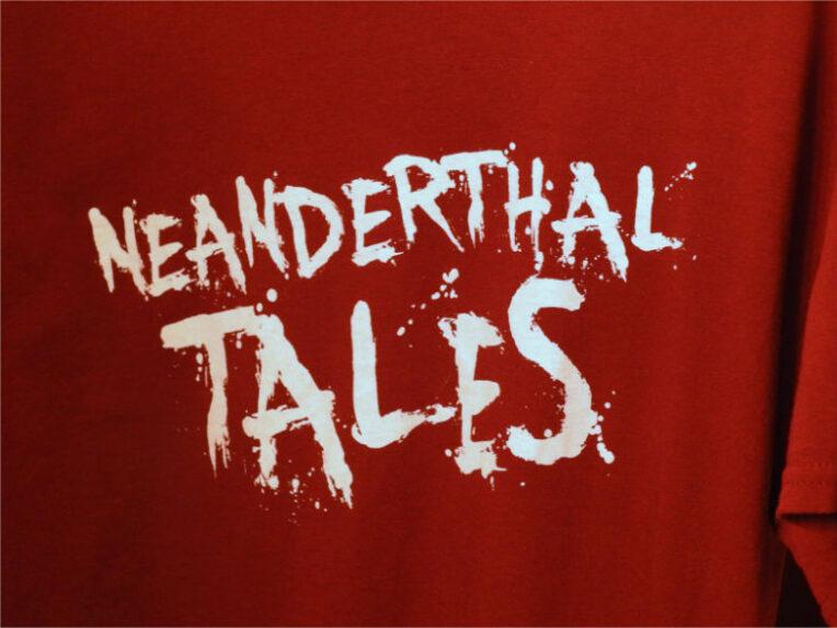 NeanderT-Shirt_Close_Up